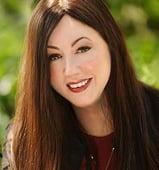 Laura Worthington Bio Pic